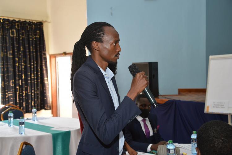 Eddie Mwendwa, Chairperson UNSA address Comrades and Staff